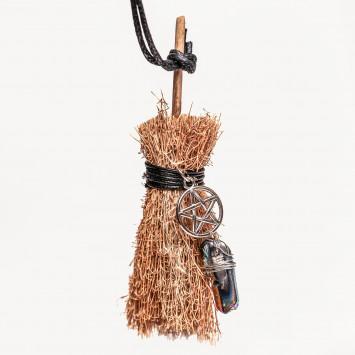 Оберег для дома ведьмина метла с пентаграммой соломенная