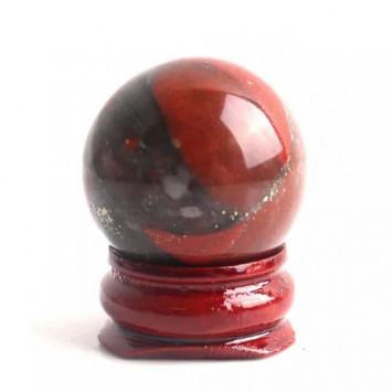 Натуральный шар африканская кровь на подставке,диаметр 30 мм