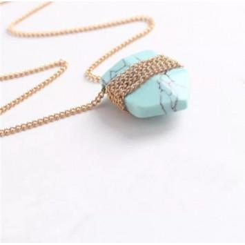 Кулон -маятник из голубого камня