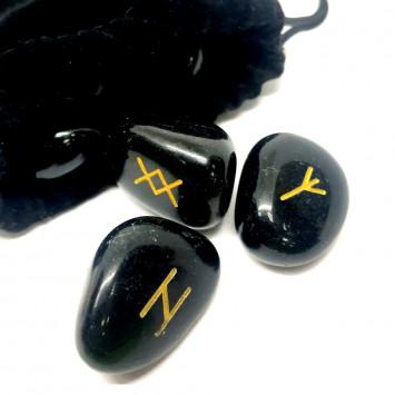 Комплект Рун из черного обсидиана (форма камня произвольная) со скатертью и бархатным мешочком