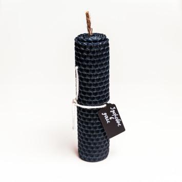 Свеча-программная из синей вощины с травами для здоровья домочадцев