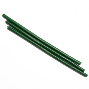 Свеча восковая зеленая, время горения 1 час
